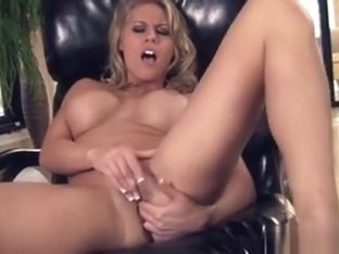 Charisma Cappelli Looks So Sexy When She Cums