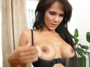 Curvy Mommy Anjanette Astoria Bangs Hard Hot Bud