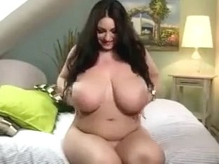 Plump belarussian girl with big tits & sweet pussylips