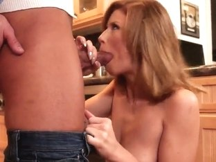 Brooklyn Lee is a horny bitch that want to get mouth penetration