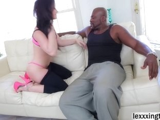 Jennifer White tight pussy welcomes a bbc