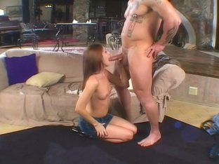 Beautiful Brandi Makes A Guy's Day On Her Knees