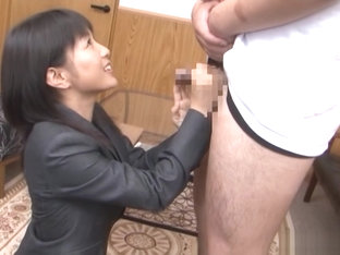 Nana Nanami hot Asian office lady gives amazing blowjob