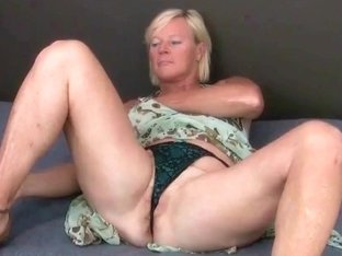 Bigest cumshot caught on the cam