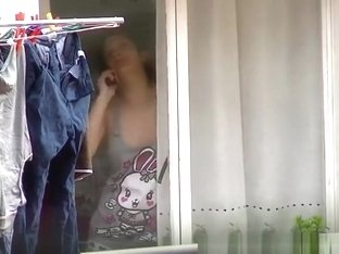 Neighbor down blouse and nipple slip