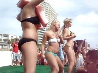 Bikini Ass Shake - Free Booty Shake Porn Movies, Ass Twist Porn Tube, XXX Ass ...