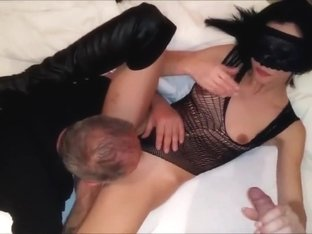Amateur sexy wife makes stranger oldman cum twice