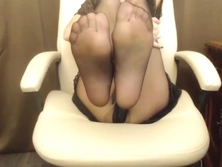 Foot Fetish Tease in Black Pantyhose