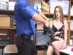 Gia steel gets her feet worshipped and sucks cock foot