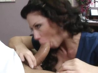 Brooklyn Lee dares to flirt with dirty Ramon