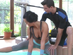 Pierced Fitness Babe Blows Trainer Cock