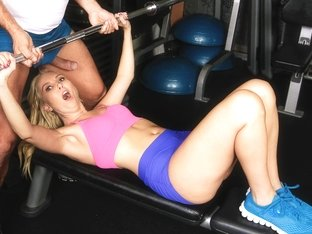 Aaliyah Love & Ramon Nomar in Hot Milf At The Gym - MilfHunter
