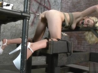 Rylie Richman Tied Fuck Machine Doggy Position