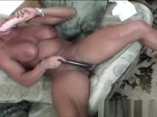 Muscled Slut Goes Wild With Her Sex Toys